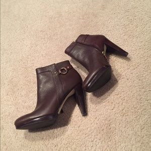 👍🏼like new 👍🏼 Banana Republic Ankle Boots
